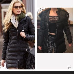 Black parajumper with real fur hood  long jacket